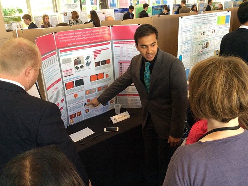 Students present research posters to judges from the Dept. of Defense, academia, and industry at the 55th National JSHS.